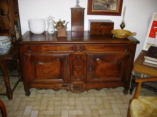 Superbe credence provencale xix noyer for Meuble credence ancienne